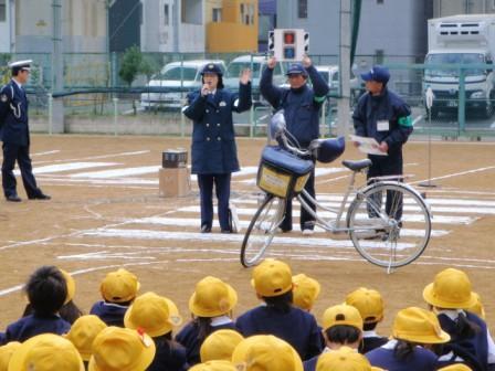 ... 安全 授業 自転車 の 乗り 方